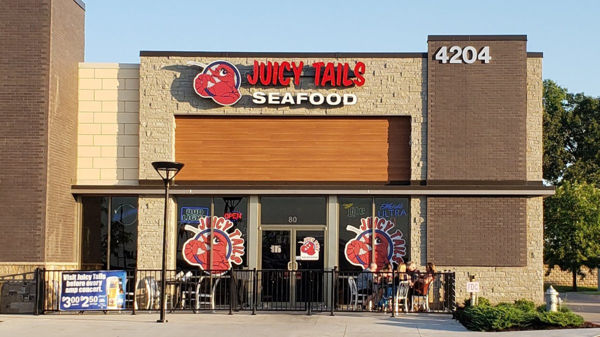 Juicy Tails Rogers